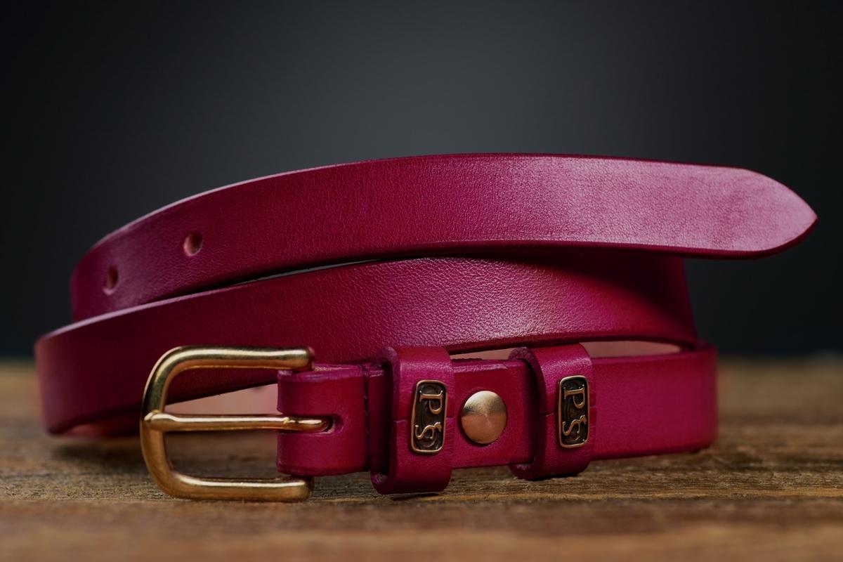 Изящный ремень с латунной пряжкой 20мм пурпурный