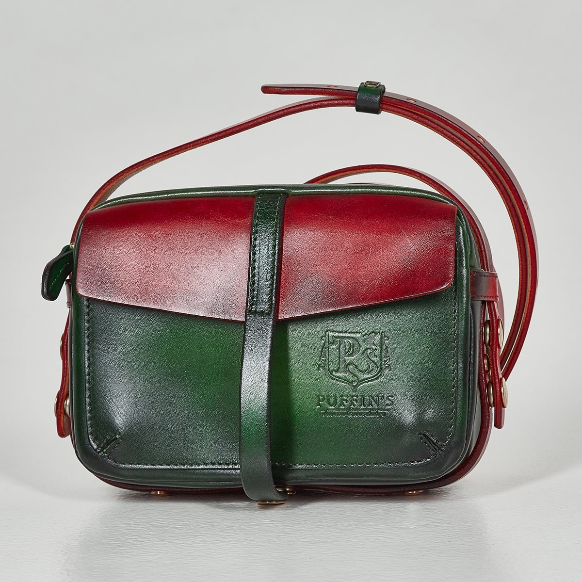 Smart crossbody bag - clutch PUFF red currant & grassy green