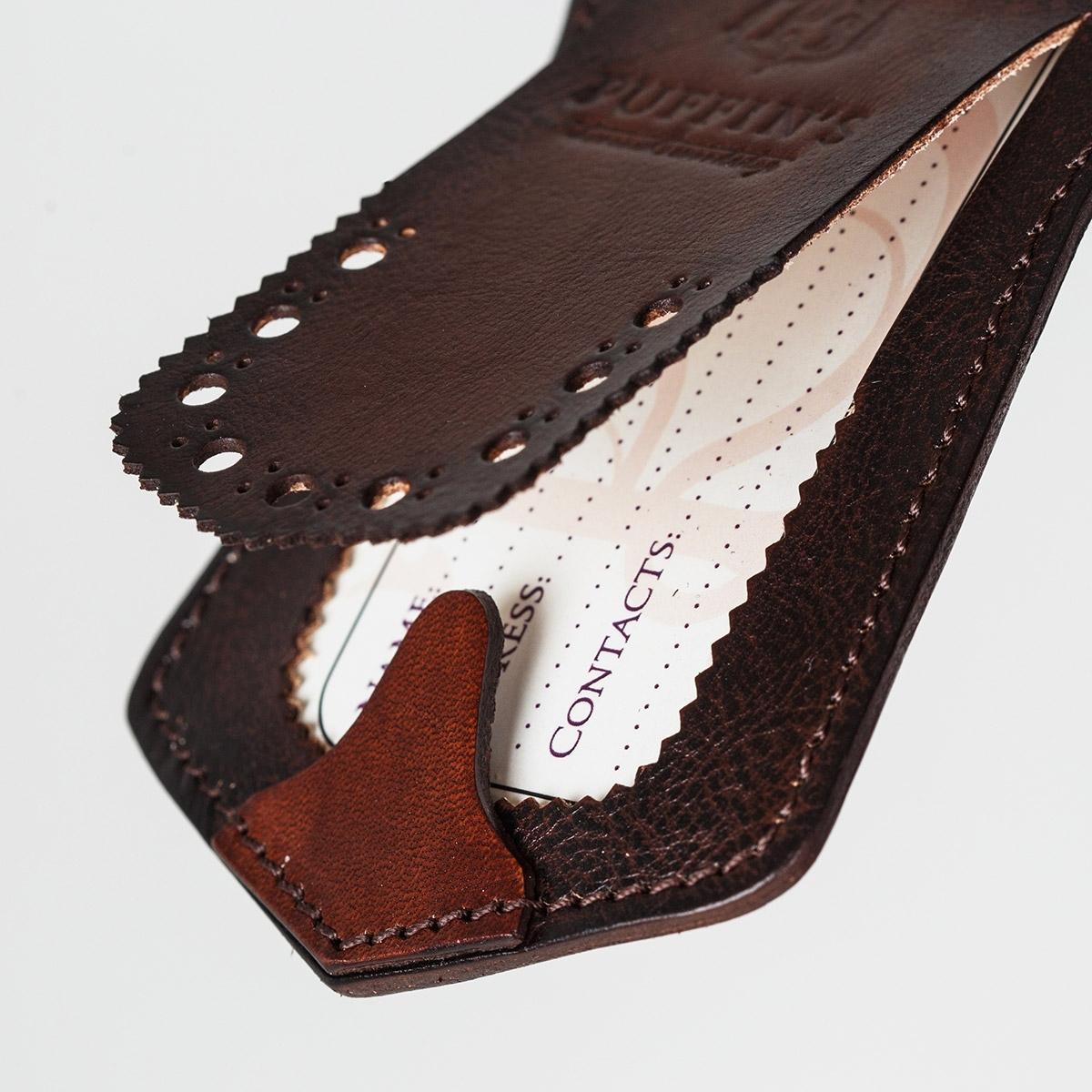 Luggage tag TAVARUA personalized with patina chestnut
