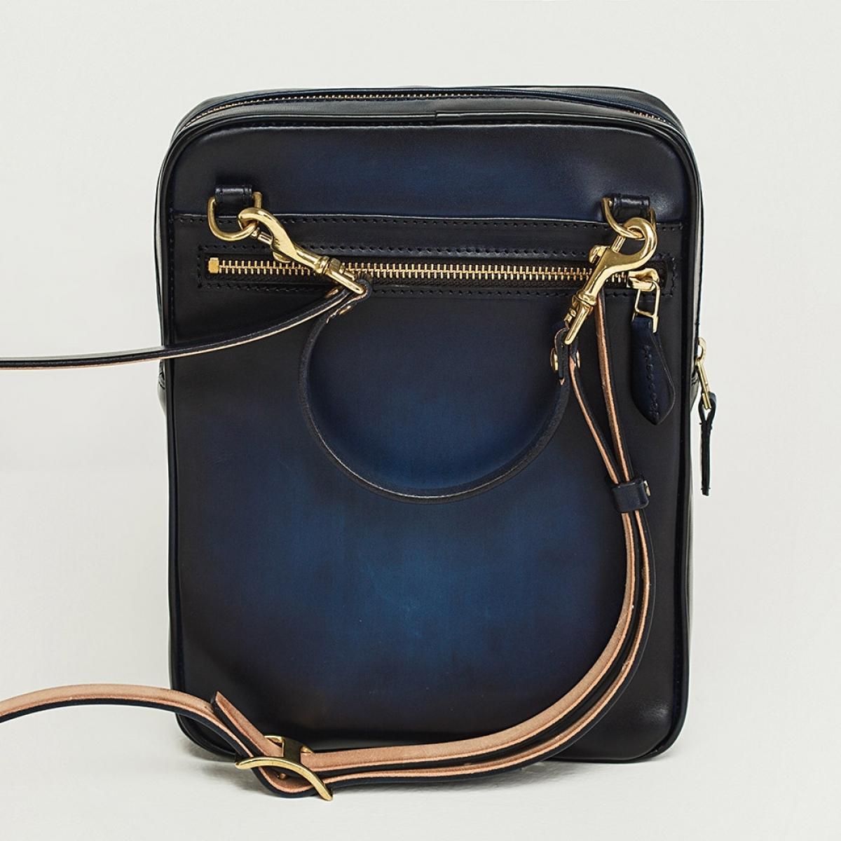 Crossbody bag MEZZO midnight blue