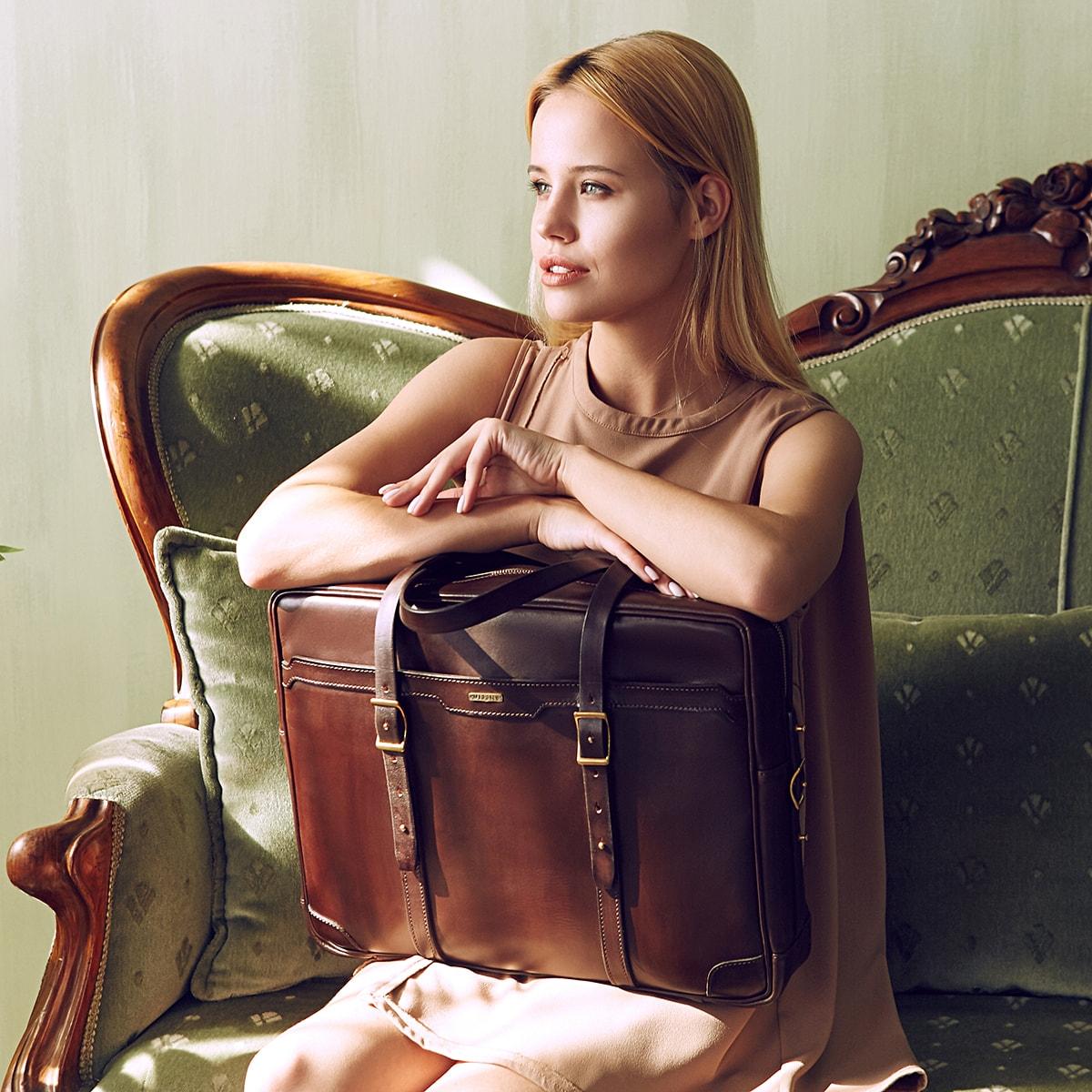 Briefcase  DAPPER 17'' chestnut