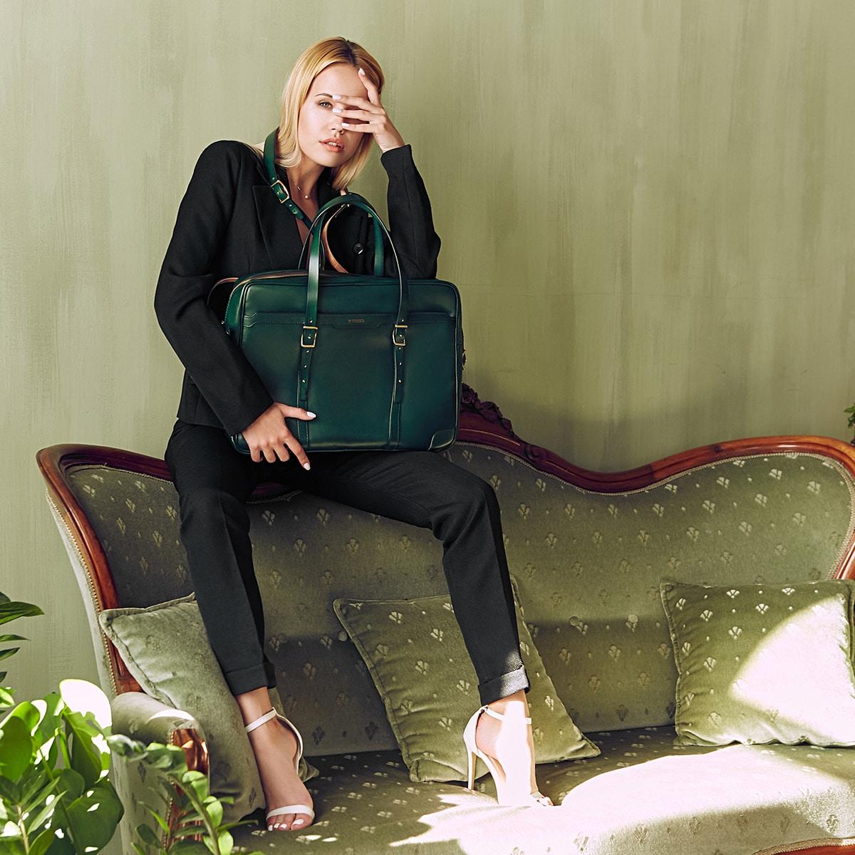 Briefcase  DAPPER 17'' grassy green