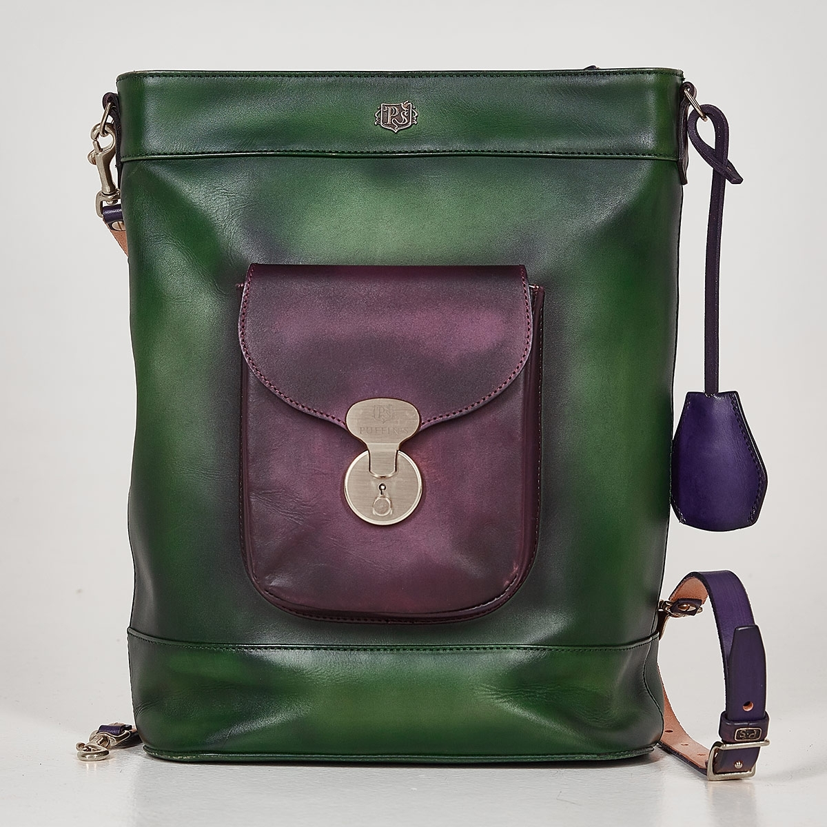 Backpack-tote transformer VOYAGE plum wine & grassy green