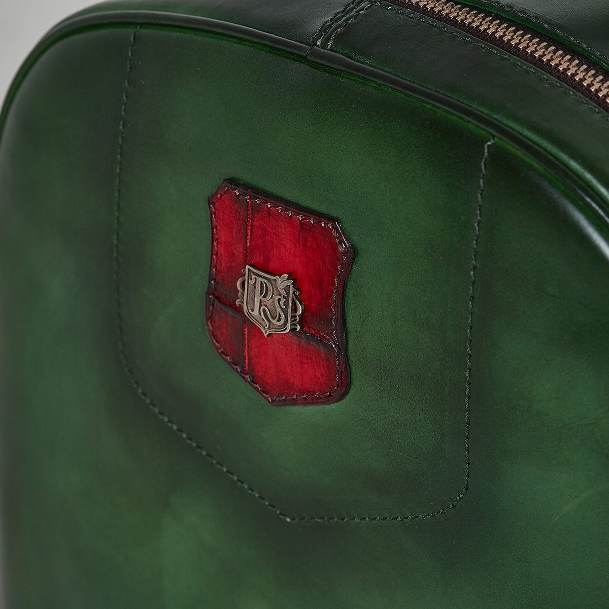 City backpack ASPEN red currant & grassy green
