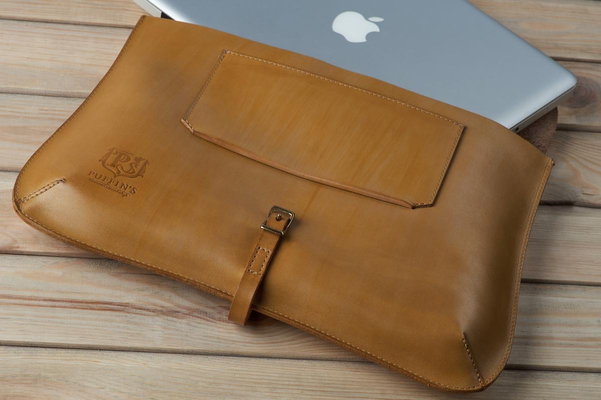 элегантный клатч platanus leaf / чехол для macbook 13'' горчичный