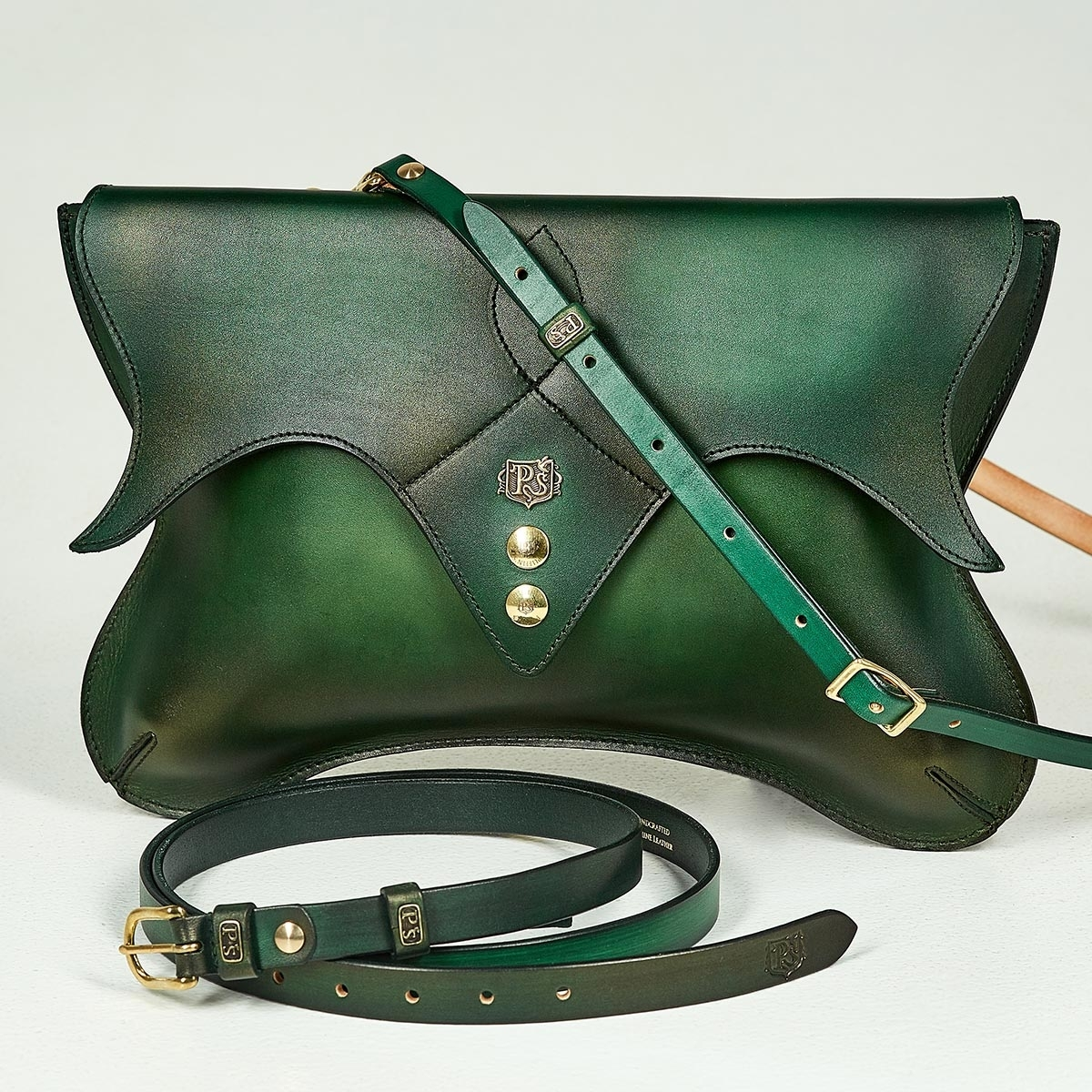 Ladies clutch LOTUS grassy green