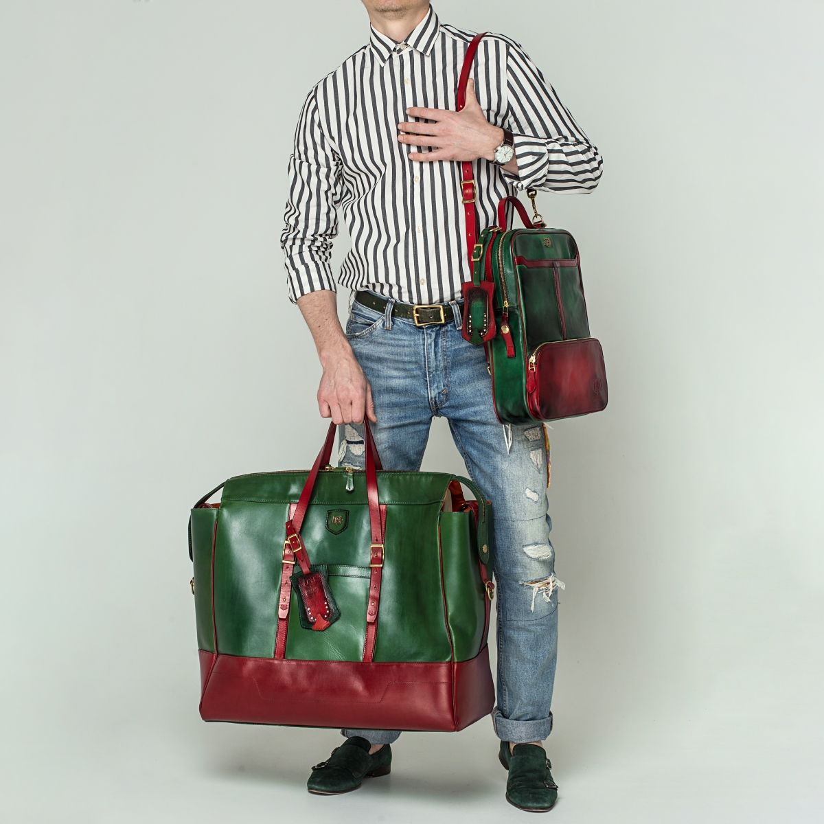 Travel bag WEEKENDER  red currant & grassy green