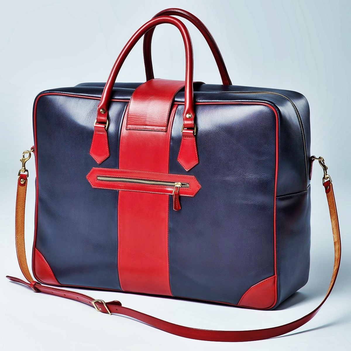 Leather suitcase HOLIDAY red currant & midnight blue