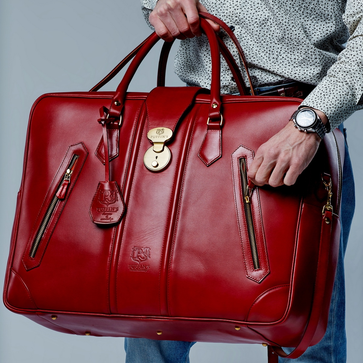 Leather suitcase HOLIDAY red currant