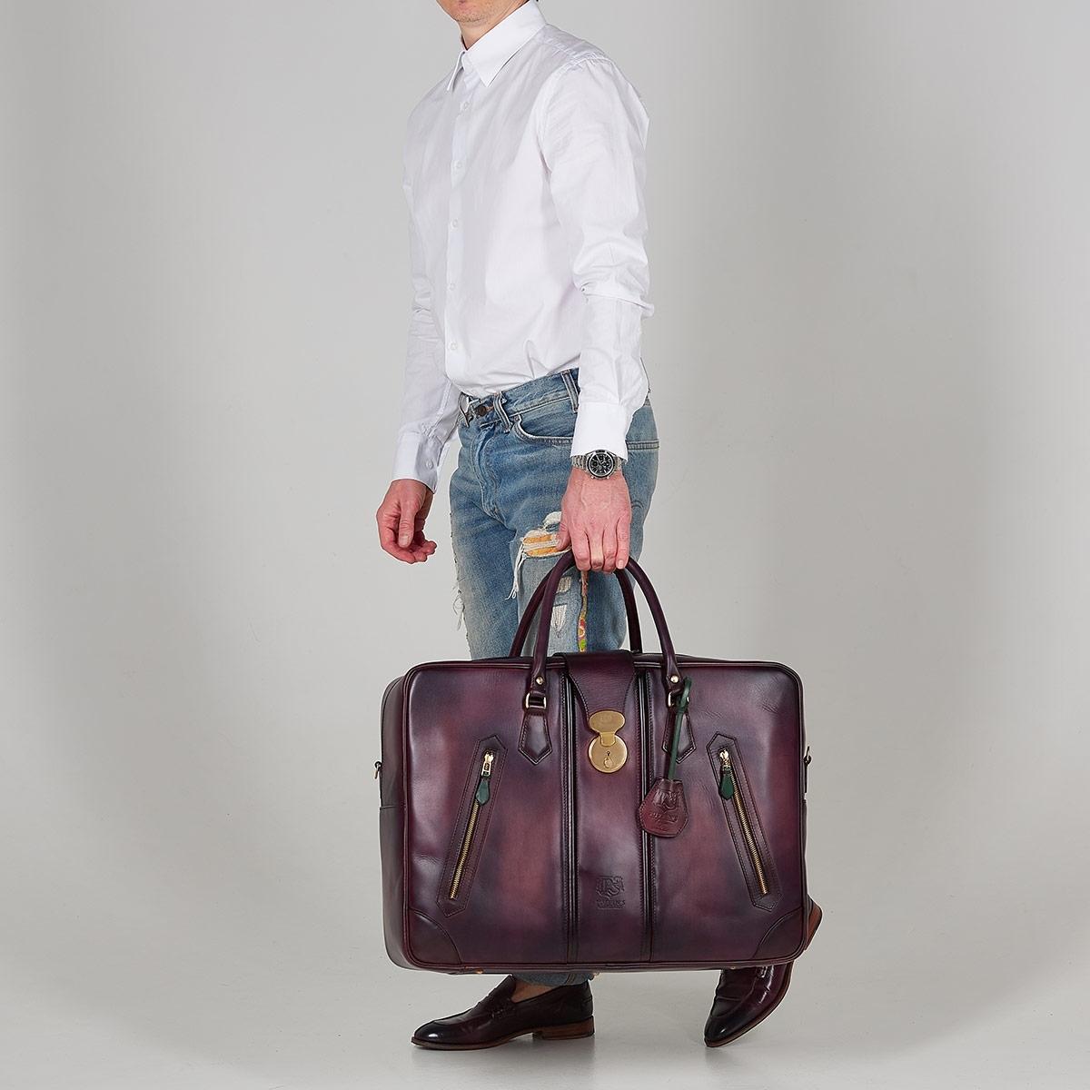 Leather suitcase HOLIDAY plum wine