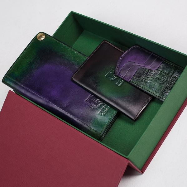 Cardholder TOWER grassy green & violet ink
